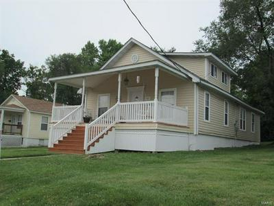 725 S MAIN ST, St Clair, MO 63077 - Photo 1