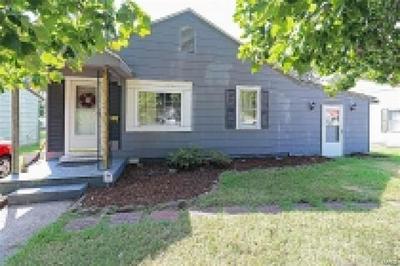 323 EDMONDSON ST, SIKESTON, MO 63801 - Photo 1