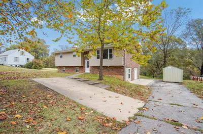 144 EDDING LN, Fairview Heights, IL 62208 - Photo 2