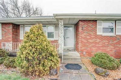 9811 BUNKUM RD, FAIRVIEW HEIGHTS, IL 62208 - Photo 2