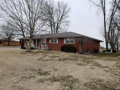 1191 RANDOLPH ST, Carlyle, IL 62231 - Photo 1
