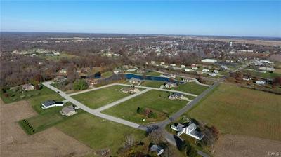 1575 KATHLEEN LN, Staunton, IL 62088 - Photo 2