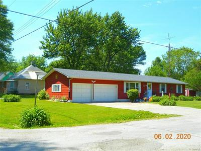502 NORTH ST, Witt, IL 62094 - Photo 1