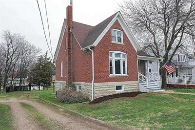 419 N MAIN ST, Perryville, MO 63775 - Photo 2