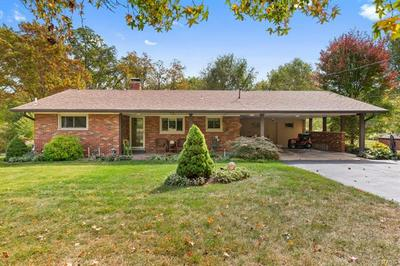 4 HILLCREST DR, Fairview Heights, IL 62208 - Photo 1