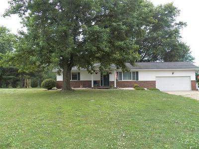 23265 GREENAPPLE LN, Jerseyville, IL 62052 - Photo 2