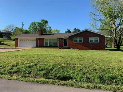 609 APRICOT ST, Doniphan, MO 63935 - Photo 1