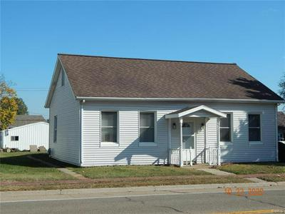 514 S MAIN ST, Red Bud, IL 62278 - Photo 1
