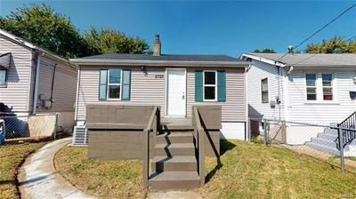 8729 S GRAND AVE, St Louis, MO 63125 - Photo 1