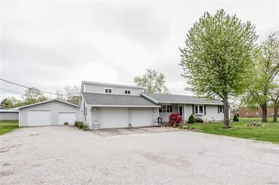 615 S PUTNAM ST, Bunker Hill, IL 62014 - Photo 1