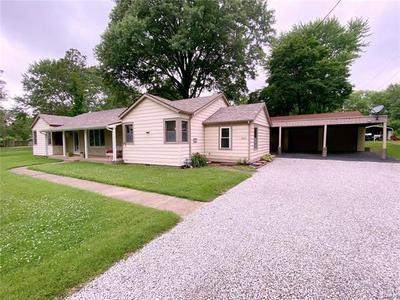 2417 E MAIN ST, Belleville, IL 62221 - Photo 1