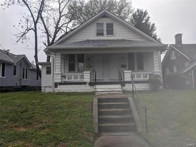 19 N 31ST ST, Belleville, IL 62226 - Photo 1