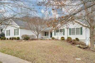 15931 FOREST VALLEY DR, Ballwin, MO 63021 - Photo 1