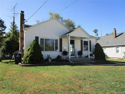 925 GRAND AVE, Perryville, MO 63775 - Photo 1