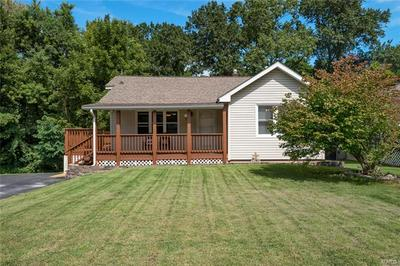 11 CHARLES DR, Caseyville, IL 62232 - Photo 2