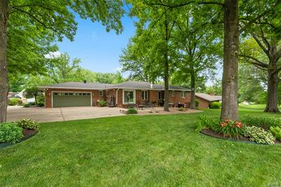 97 CHAMPAGNE DR, Lake St Louis, MO 63367 - Photo 2