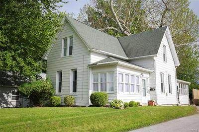 1210 JEFFERSON ST, Quincy, IL 62301 - Photo 1