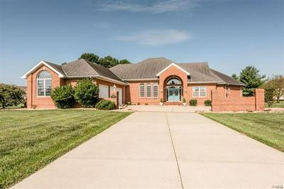 1309 PINEWOOD LN, Breese, IL 62230 - Photo 1