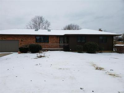 11608 LAURELWOOD LN, Carbondale, IL 62901 - Photo 2