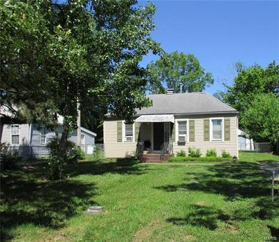 411 N PARK AVE, Cuba, MO 65453 - Photo 2