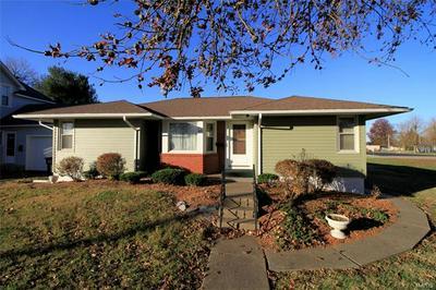609 W BROADWAY, Steeleville, IL 62288 - Photo 1