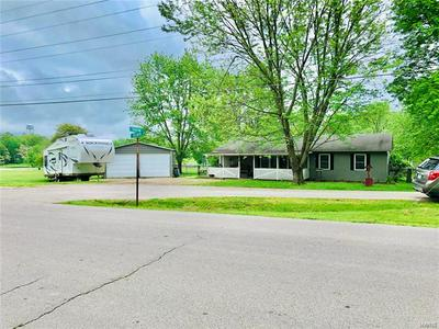 504 MARVIN ST, Cuba, MO 65453 - Photo 2