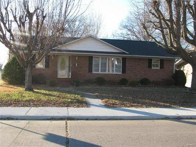513 S SPARTA ST, Steeleville, IL 62288 - Photo 1