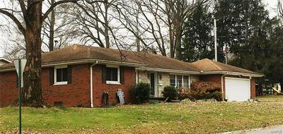 605 KILLARNEY DR, Greenville, IL 62246 - Photo 2