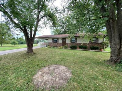 809 SAINT AUGUSTINE ST, Perryville, MO 63775 - Photo 2