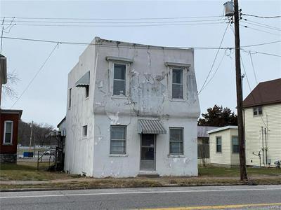 825 S ILLINOIS ST, Belleville, IL 62220 - Photo 2