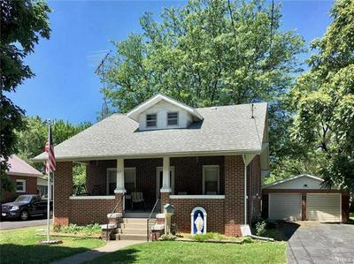 817 S STATE ST, Litchfield, IL 62056 - Photo 1