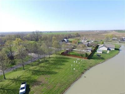 134 FOX RIDGE LN, NEW BADEN, IL 62265 - Photo 2