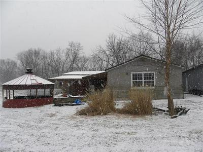 16673 POWERLINE RD, GRAFTON, IL 62037 - Photo 1