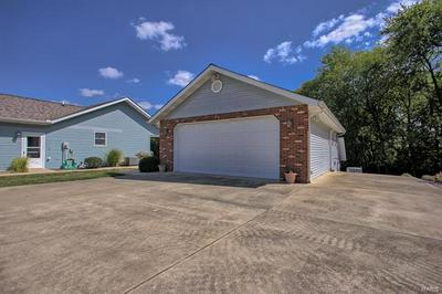 28 DOUG DR, St Jacob, IL 62281 - Photo 2