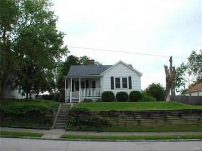 920 S CHURCH ST, BELLEVILLE, IL 62220 - Photo 2