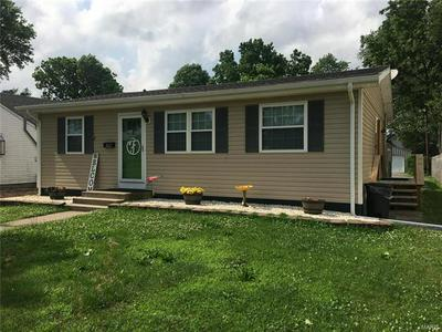 1822 ELM ST, Murphysboro, IL 62966 - Photo 2
