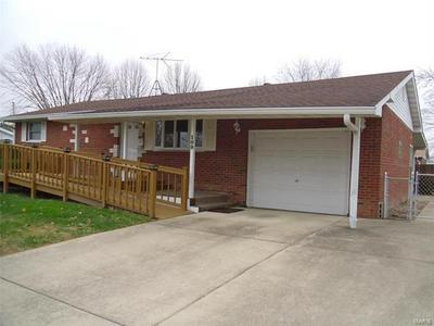 109 WINDSOR PL, Bethalto, IL 62010 - Photo 2