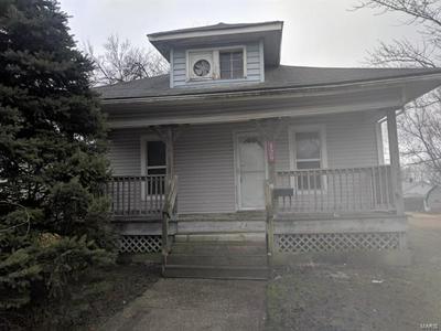 129 W 3RD ST, ROXANA, IL 62084 - Photo 1