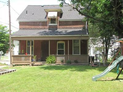 508 W C ST, Belleville, IL 62220 - Photo 1
