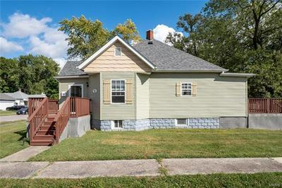 501 E WASHINGTON ST, O'Fallon, IL 62269 - Photo 2