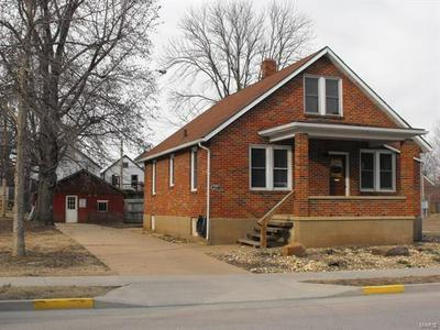 215 E 5TH ST, HERMANN, MO 65041 - Photo 1