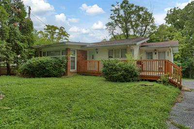 9640 RIDGE HEIGHTS RD, Fairview Heights, IL 62208 - Photo 1