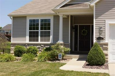 328 CIMARRON VALLEY TRL, Wentzville, MO 63385 - Photo 2