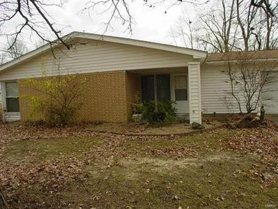 205 N POINT RD, Fairview Heights, IL 62208 - Photo 2