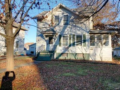 1021 N CHARLES ST, Carlinville, IL 62626 - Photo 2