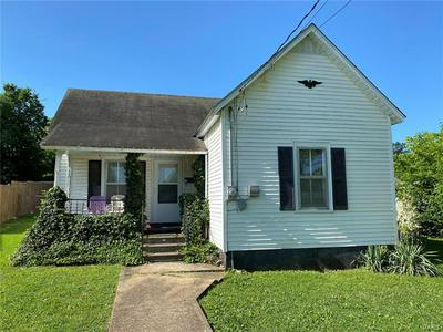 405 W MARVIN AVE, Fredericktown, MO 63645 - Photo 1