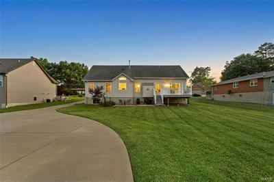 1676 W HIGHVIEW DR, Arnold, MO 63010 - Photo 2
