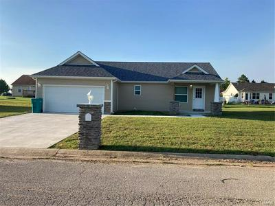304 EDEN PRAIRIE CT, Cuba, MO 65453 - Photo 2