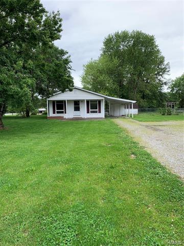 4966 STATE ROUTE 13, Pinckneyville, IL 62274 - Photo 2