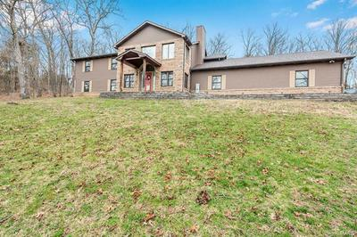 312 SOMERSET DR, VILLA RIDGE, MO 63089 - Photo 2
